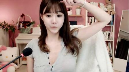 韩国女主播  雪梨 破衣风情