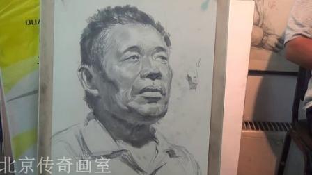 朱传奇老师男中年素描头像