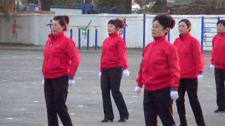 张士舞蹈队国庆节健身操表演
