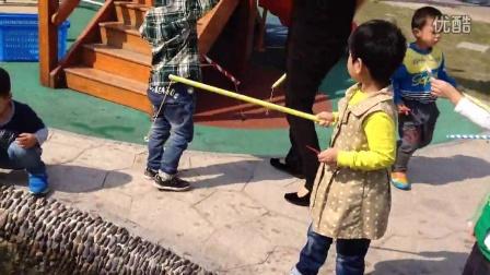 幼儿园钓鱼游戏--亲子手工作品