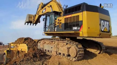 T彼勒374D挖掘机在装车 4