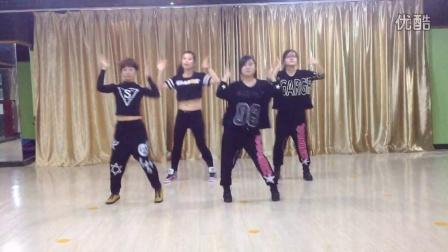 鸭梨大舞蹈版 泰仕堡视频