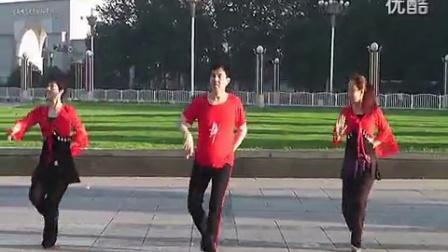 北京天天美广场舞《火火的姑娘》(三人舞)_高清