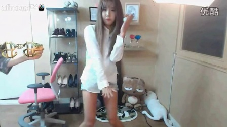 韩国女主播  许允美  两姐妹狂欢热舞