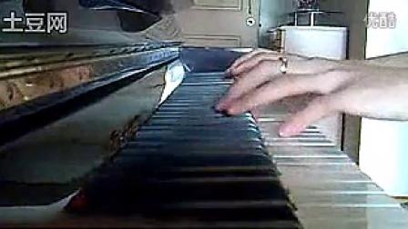 钢琴版《突然好想你》_tan8.com