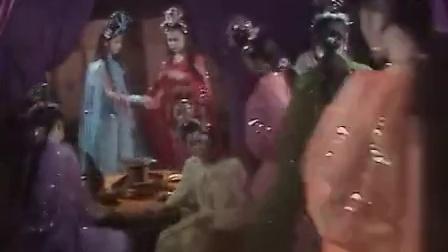 唐傻缺洗澡致女妖精怀孕 恶搞西游_搞笑视频网