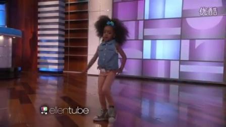 美国小孩跳舞!可爱!