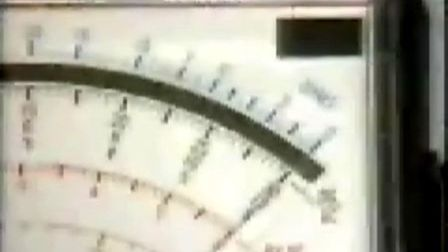 欧姆表测电阻大小