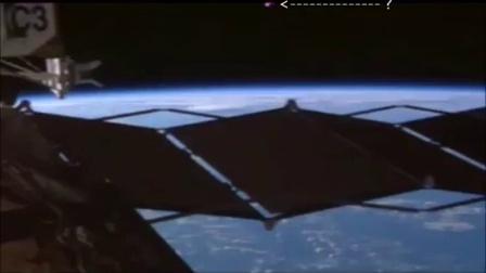 2015年8月3日国际空间站拍到飞船的图片