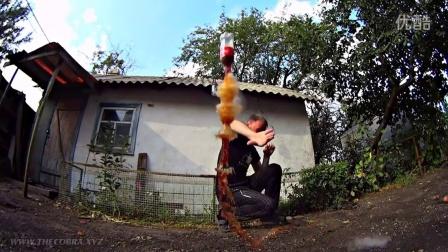 乌克兰小伙教你做火箭 可乐加丙烷