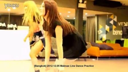 美女短裙诱惑RANIA Maknae练习室热舞 121205