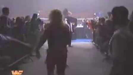 WWE 棺材大战 送葬者狂揍500磅 日本相扑图片