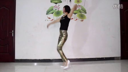 点击观看《玉美人广场舞 青春舞曲广场舞 豹纹新装》