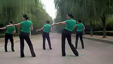 云裳广场舞教学 《采茶舞》 分解动作演示~~超经典的广场舞_标清