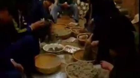 创业知识金针菇装料技术要点金针菇袋料立体种植高产栽培技�c,食用菌shiyongjun