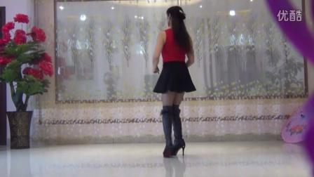 点击观看《广场舞 算什么 恰恰舞》