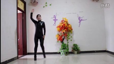点击观看《玉美人广场舞 舞动中国 舞蹈视频 紧身胶衣版》