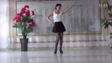 点击观看《广场舞 达令我爱你》