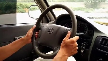 2015学车教程教你如何打方向盘倒车入库技巧视频教程