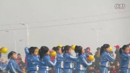 襄汾县星原学校五年级舞蹈微笑