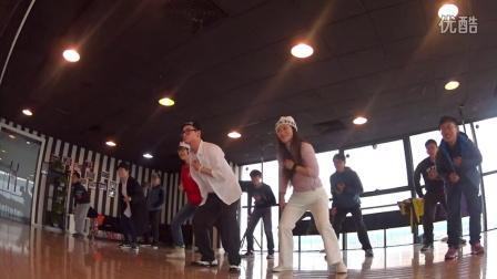 上課中 跟著小5即興SOLO 音樂表達  周杰倫 半獸人 1 小五 GovernDance 街舞 機械舞 Popping