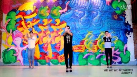 王广成健身广场舞--《高跟鞋先生》 王蓉演唱 王