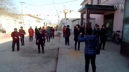 胡士庄凤凰舞起来广场舞《唐僧也疯狂》