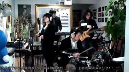 [牛人]Iwillalwaysloveyou_郝浩涵瞎子技巧弹唱吉他打怪美女图片
