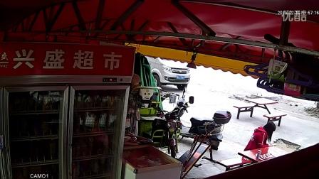 實拍美女偷手機(請幫忙人肉) 廣州花都區東莞村