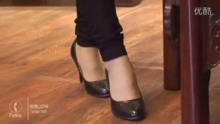 高跟鞋丝袜美女谈生意