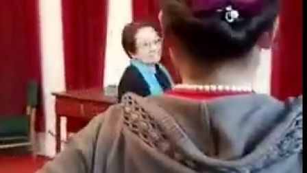 晋剧大师马玉楼指导学生排戏