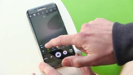 Galaxy S7边缘与荣誉的5倍。风格与价值