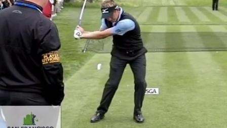 前高尔夫世界第一卢克唐纳德Luke Donald 高尔夫球挥杆慢动作