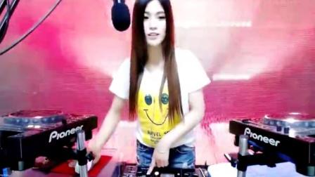 DJ猪妹妹2016DJ劲爆英文DJ现场美女打碟