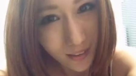 日本性感大胸美女自拍