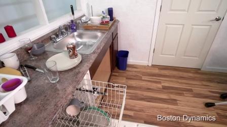 波士顿动力最新发布SpotMini机器狗