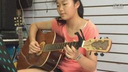 《恰似你的温柔》女生弹唱(琴放吉他班)