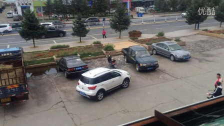 內蒙古呼倫貝爾市鄂溫克旗中心街問題無人管