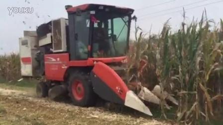 久保田106玉米收割机加装剥皮机  青州市强龙机械有限公司