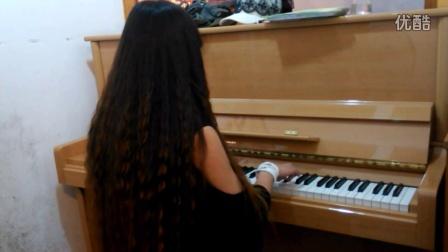 钢琴《虫儿飞》
