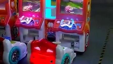 加菲猫卡丁车  儿童赛车游戏机厂家,小孩子的最爱