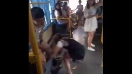 公交车上意外事,这么巧,要火  四海影视传媒[
