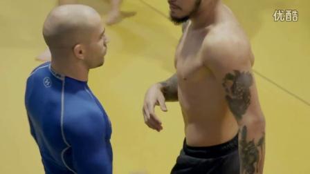 """""""嘴炮""""康纳麦格雷戈队友Artem Lobov备战11月19号UFC格斗之夜联合主赛的训练与生活近况~"""