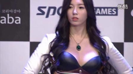 【韩国美女热舞系列】COSPLAY_韩国性感美女魔鬼身