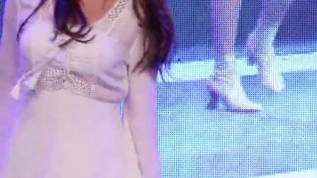 【美女热舞】之清纯性感少女系列161004 충북대학교 축제 에이핑크 (apink) 내가 설