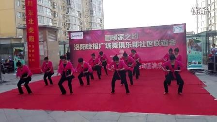 春之花藝術團在香港城社區表演中國最牛