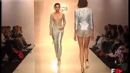 T台时装秀CLIPS p-a-p Woman Ful Showl SS 2003 Milan