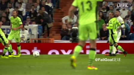 神剪辑!欧足联模拟年度最佳11人同场竞技梅西C罗助攻格子破门