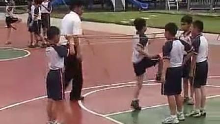 小学三四年级单元体育《快速跑-单抬腿》人教课标版―蓝波湾学校