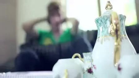 越南视频MV-爱的背叛包粽的歌曲图片